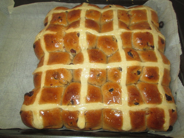 Hot Cross buns Bread Maker