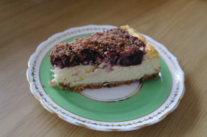 Black forest baked cheesecake slice