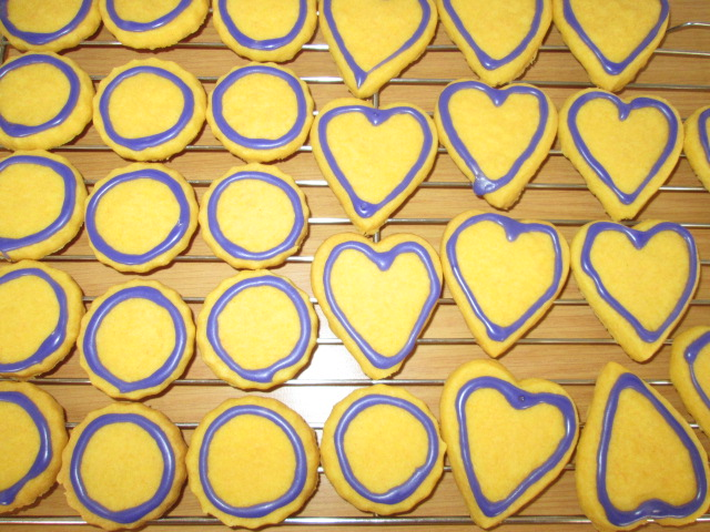 Outlines on cookies