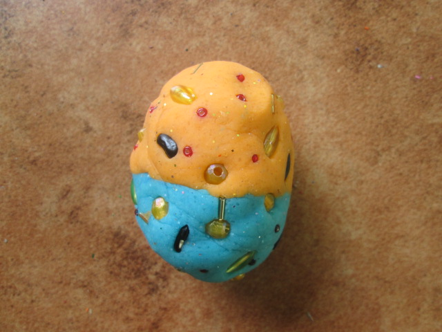 Fjord made a play dough Easter Egg